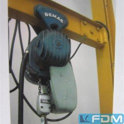 Wall slewing crane - DEMAG PK2f