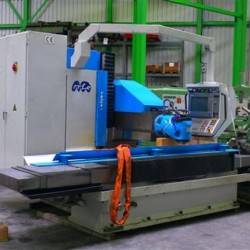 Bed Type Milling Machine - Universal - MTE Kompakt CNC